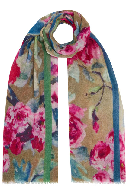 6b3b7ea15e6 Super soft scarves in wool and wool-silk by Jo Edwards designer